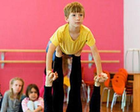 Acrobatica e Movimento per bambini di 4/6 anni