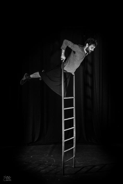 Emiliano Ferri, Equilibrio su scala libera